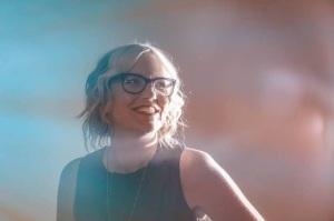 Julie Slater Photo 2